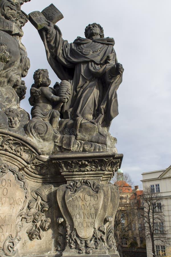 Staty av Madonna, Stet Dominic och Thomas Aquinas på Charles royaltyfri foto