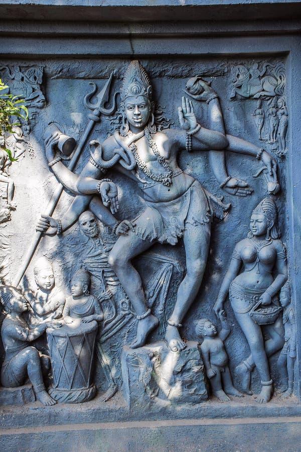 Staty av Natraja, Kaneri matematik, Kolhapur, Maharashtra royaltyfri fotografi