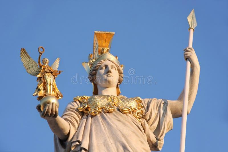 Staty av Pallas Athena i Wien, Österrike royaltyfria foton