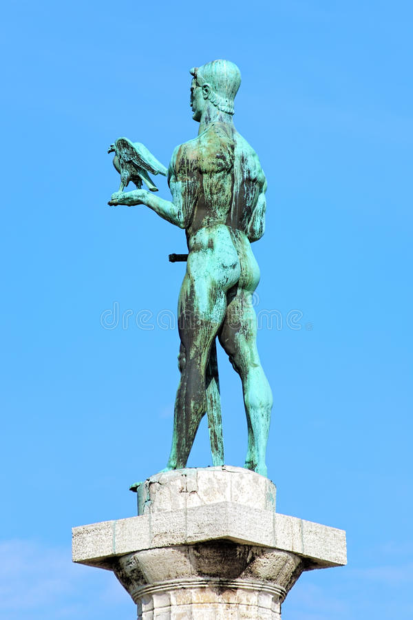 Staty av Pobednik (segrare) i Belgrade, Serbien royaltyfri foto