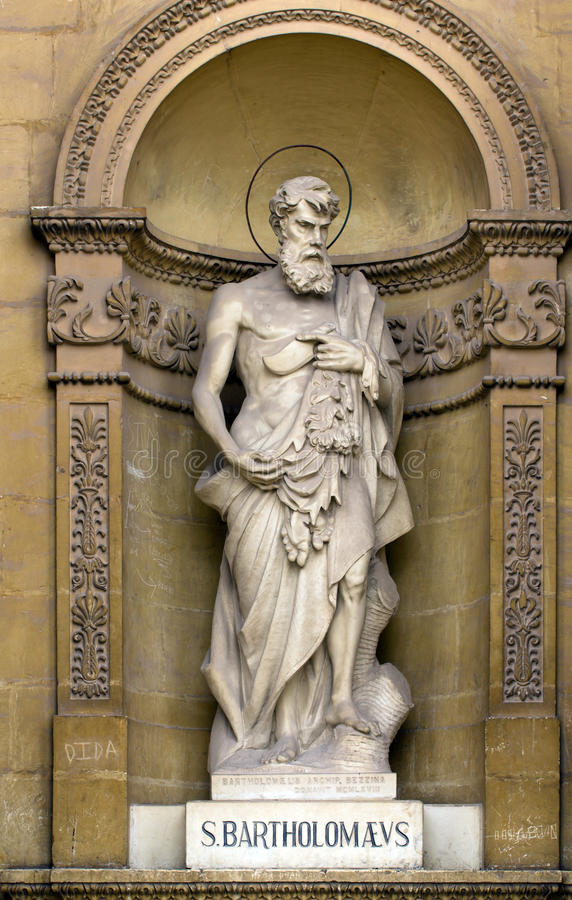 Staty av St Bartholomew arkivfoton