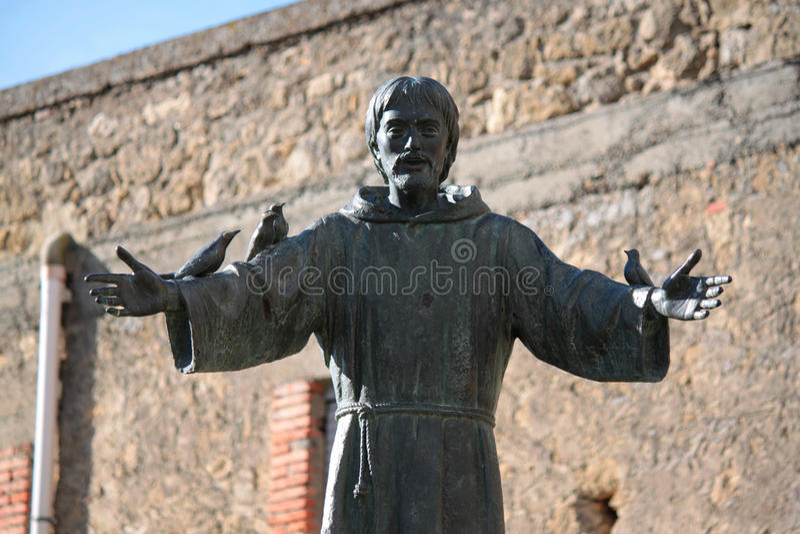 Staty av St Francis royaltyfria bilder