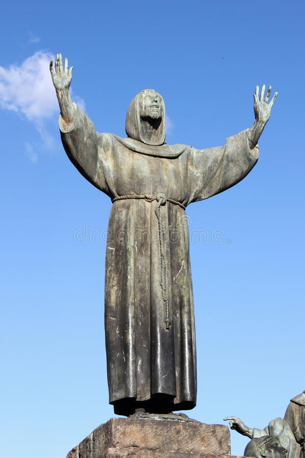 Staty av St Francis i Rome royaltyfria bilder