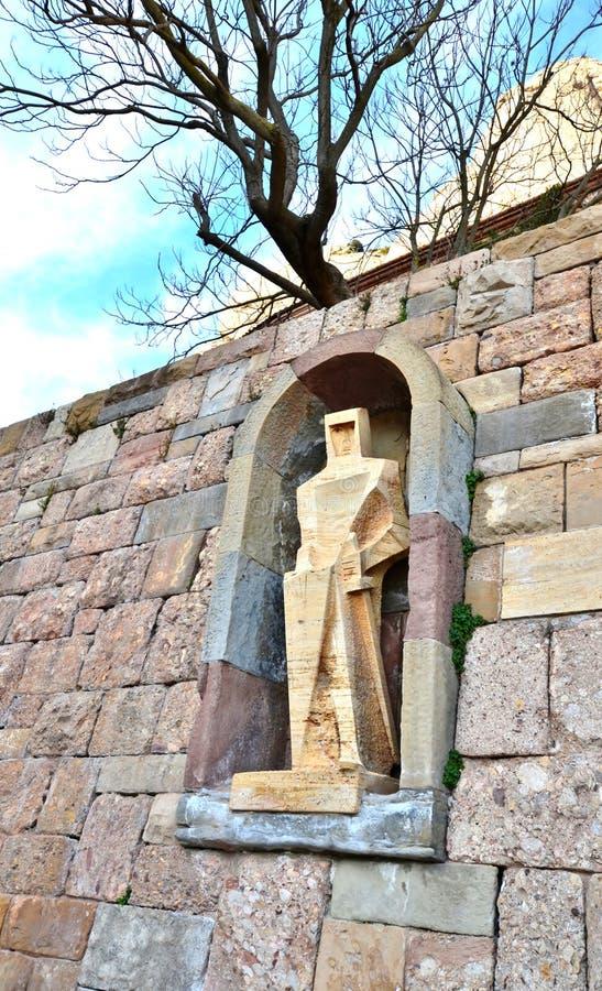 Staty av St George - en detalj av garneringen av monasten fotografering för bildbyråer