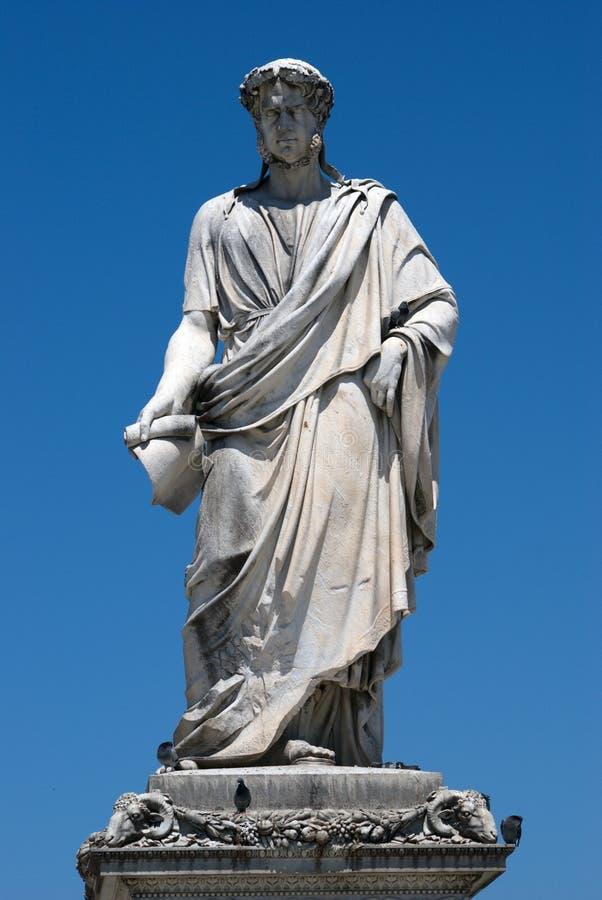Staty av storslagna Duke Leopold II i Livorno, Italien royaltyfri foto