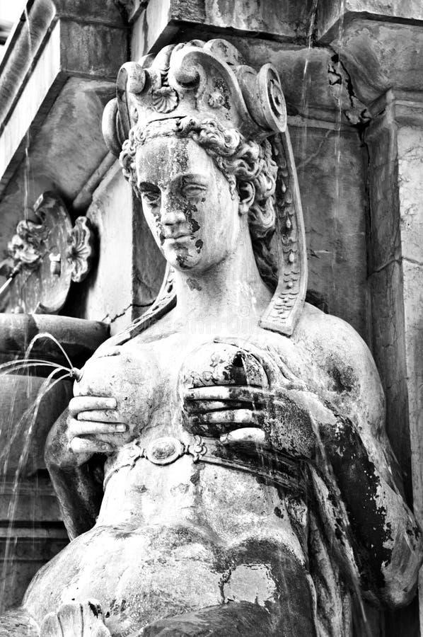 staty för mermaid bolognaitaly för avsöndra mjölk royaltyfria bilder