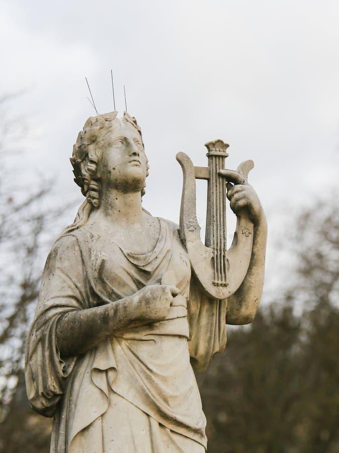 Staty i Jardinen de Luxembourg, Paris, Frankrike royaltyfria bilder