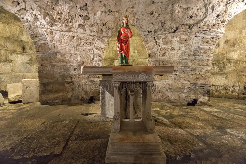 Staty i kryptan, splittring, Kroatien royaltyfri foto