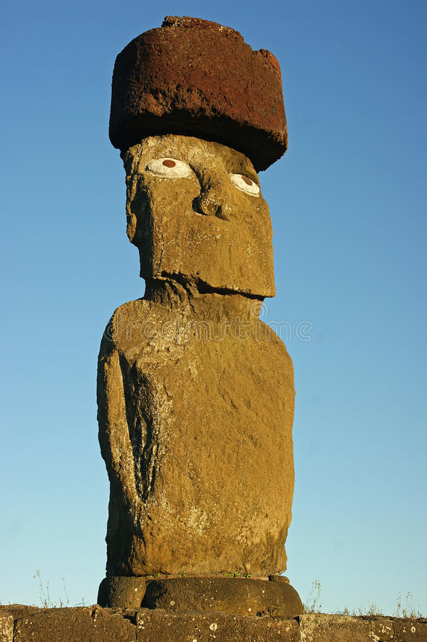 Statyer på den easter ön arkivfoton