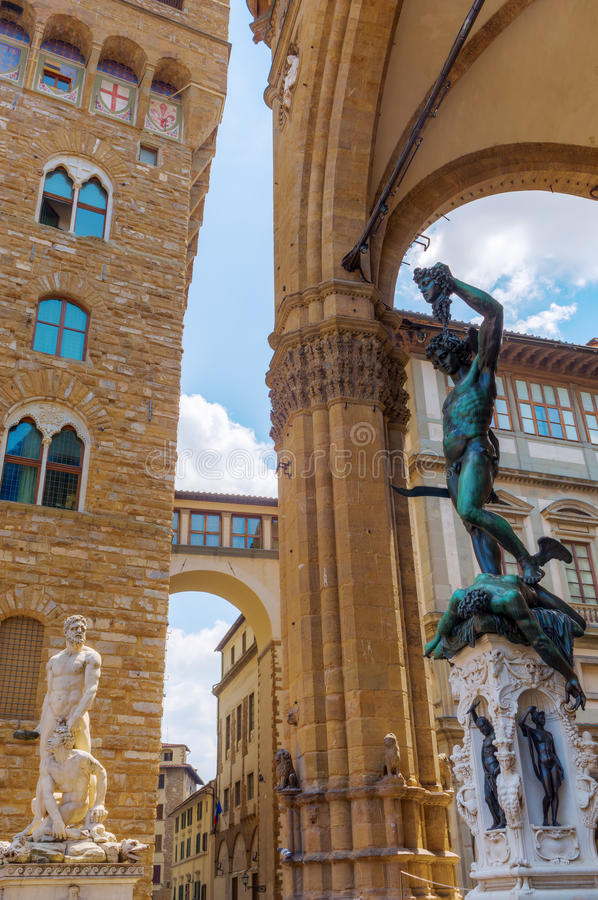 Statyer på piazzadellaen Signoria, Florence royaltyfri bild