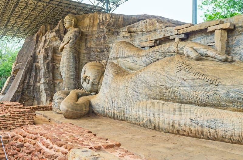Statyerna vaggar in arkivbild