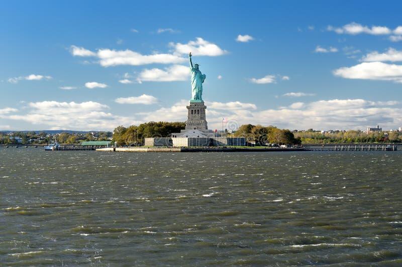 Statyn av frihet och frihet?n, New York City, USA royaltyfri foto