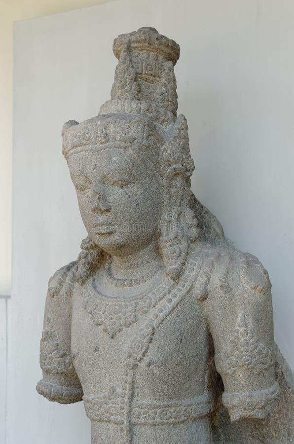 Statyn av Padmapani royaltyfria bilder