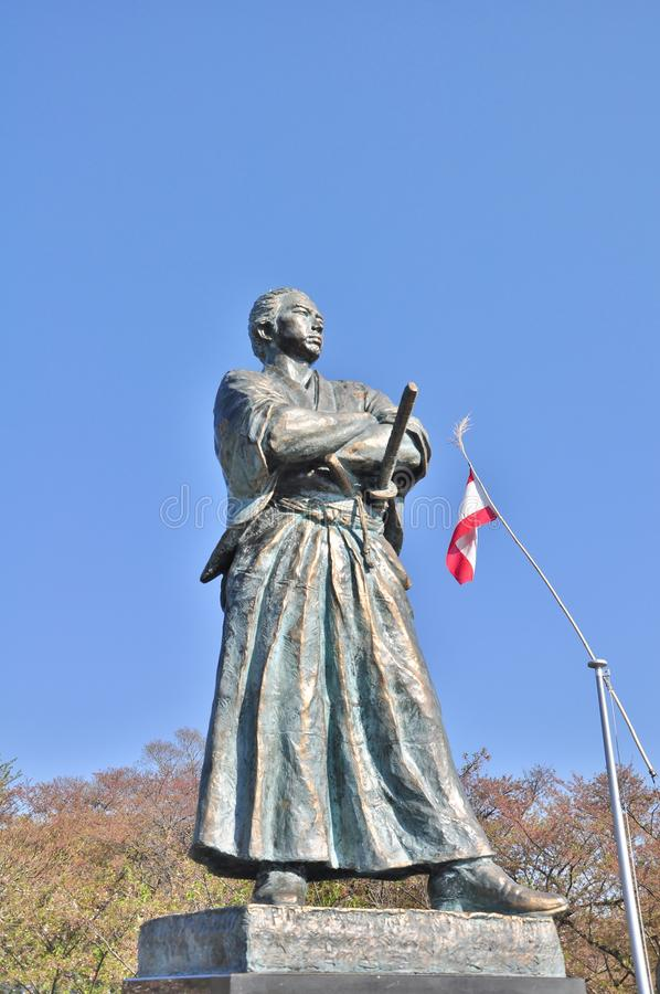 Statyn av Sakamoto Ryoma arkivbild