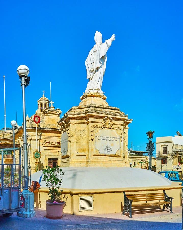 Statyn av St Nicholas, Siggiewi, Malta arkivfoton