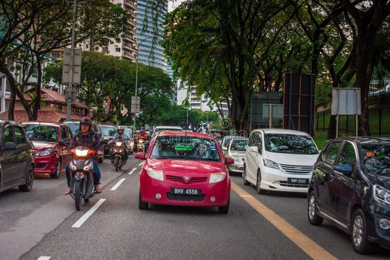 Stau des starken Verkehrs in Bangsar Kuala Lumpur lizenzfreie stockbilder
