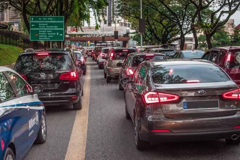Stau des starken Verkehrs in Bangsar Kuala Lumpur lizenzfreies stockfoto