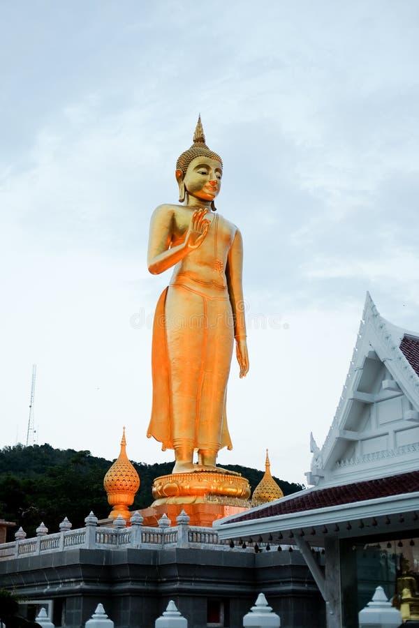 Staue d'image de Bouddha au parc public Songkhal de Hatyai images stock
