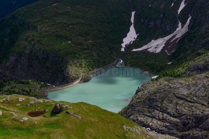 Stausee Margaritze na wysokiej wysokogórskiej drodze zdjęcia royalty free