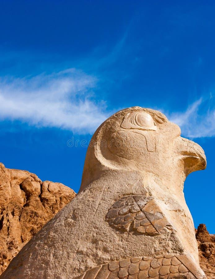 Staute van Nekhbet die de tempel Hatshepsut bewaken stock foto
