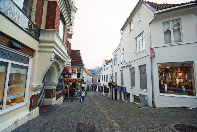 Stavanger, Norvegia, vecchia via della città immagine stock