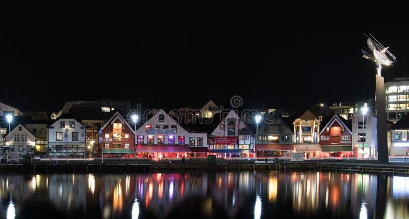 Stavanger par le nigth image stock
