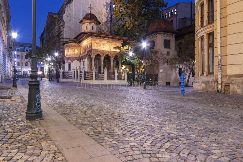 Stavropoleos-Kloster in Bukarest an der Dämmerung lizenzfreie stockbilder