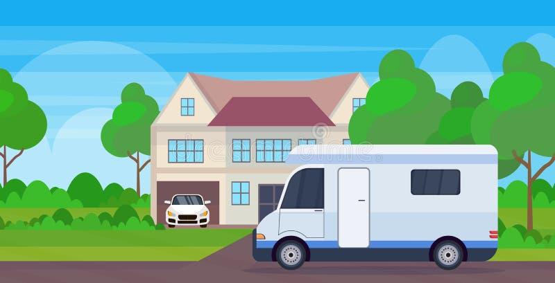 Stayin dell'autotreno della famiglia dell'automobile del caravan vicino al veicolo ricreativo di viaggio della casa del cottage c illustrazione vettoriale