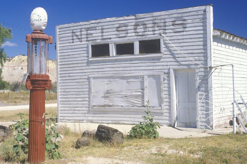 Stazione di benzina rurale fotografia stock libera da diritti