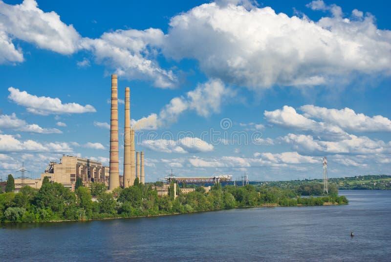 Stazione di energia elettrica. immagine stock