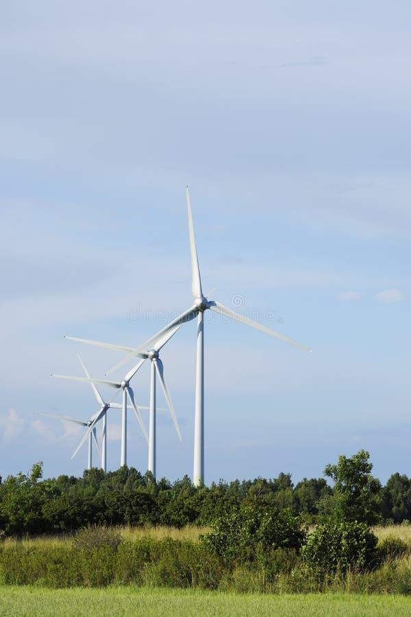 Stazione di energia eolica fotografia stock libera da diritti