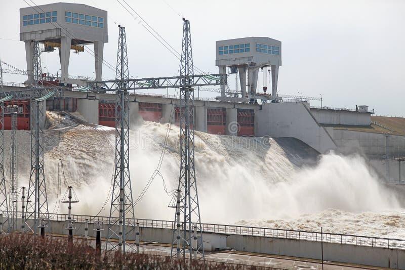 Stazione di forza idroelettrica fotografie stock