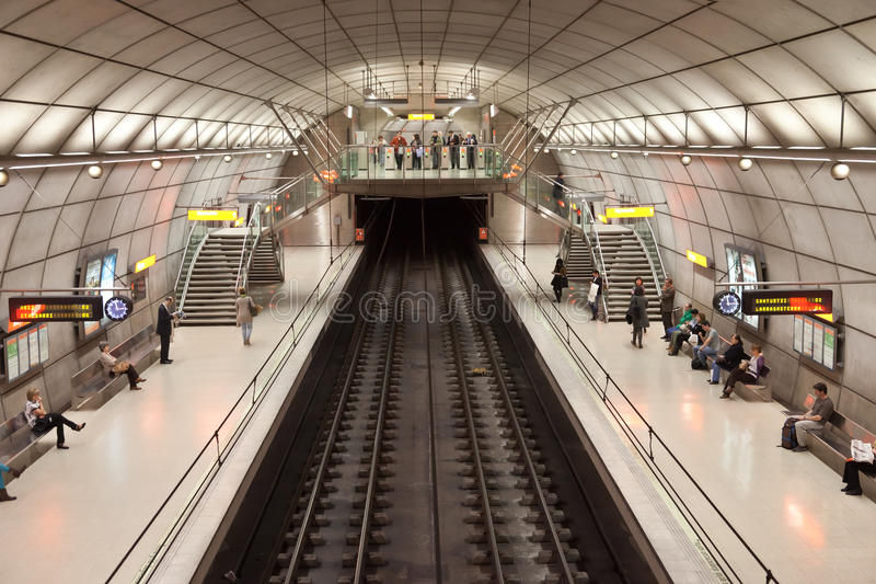 Stazione di metropolitana di Bilbao fotografie stock libere da diritti