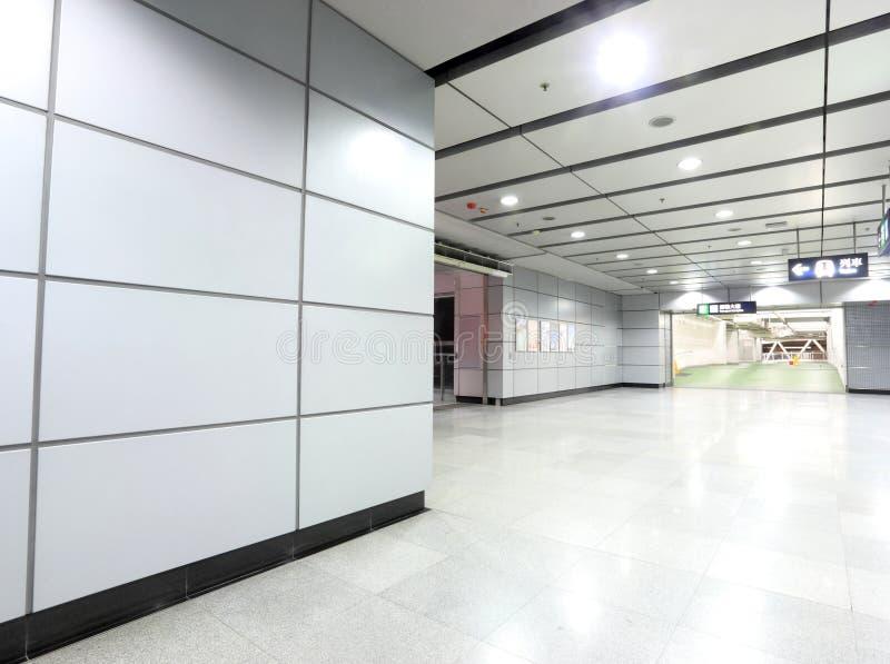Stazione di metropolitana moderna immagini stock libere da diritti