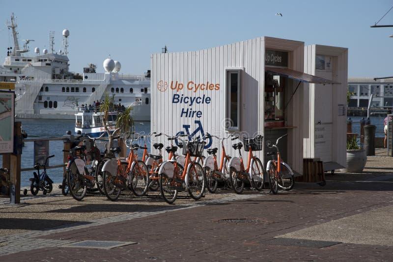 Stazione di noleggio del ciclo sul lungomare Cape Town fotografia stock