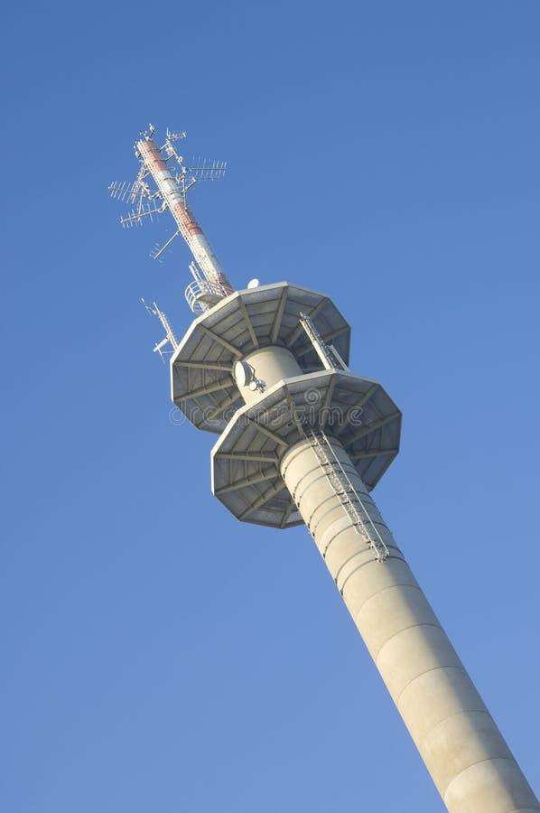 Download Stazione Di Relè Satellite Nella Vittoria Immagine Stock - Immagine di chiamata, emissione: 3895361