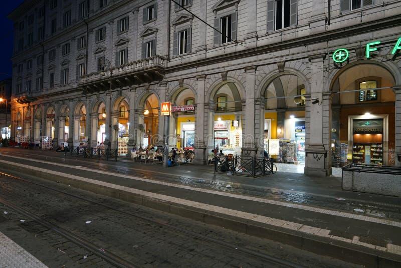 Stazione di Roma Termini nella notte fotografia stock libera da diritti