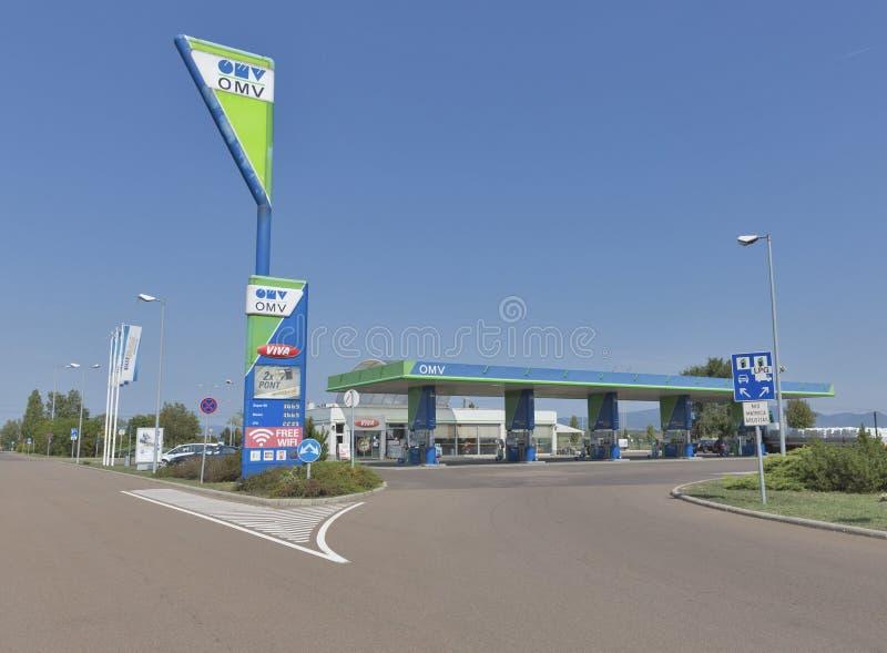 Stazione di servizio della benzina di OMV in Ungheria fotografia stock libera da diritti