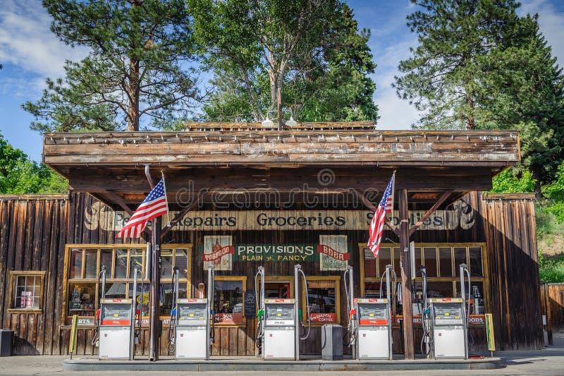 Stazione di servizio e deposito occidentali di stile di Winthrop fotografia stock libera da diritti