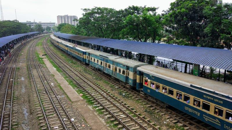 Stazione ferroviaria dell'aeroporto di Dacca immagini stock