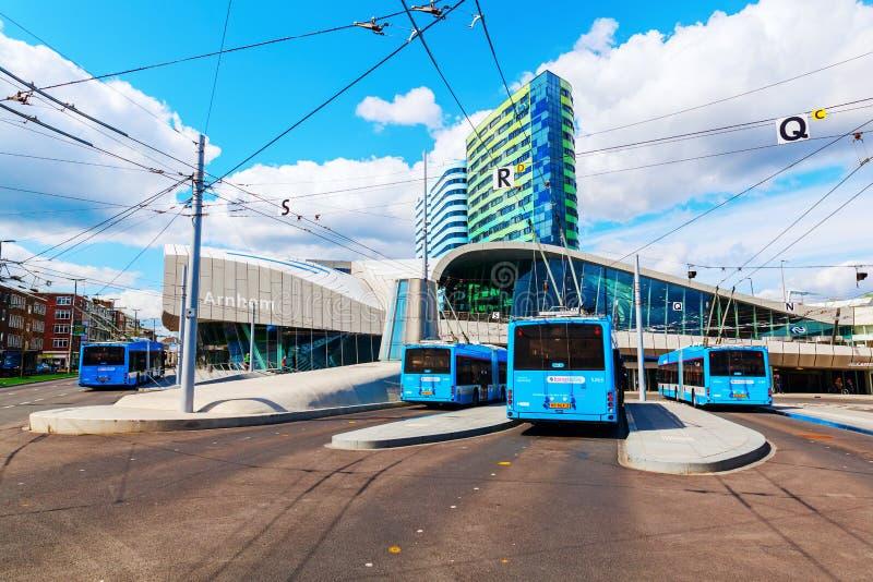 Stazione ferroviaria di Arnhem Centraal a Arnhem, Paesi Bassi fotografia stock libera da diritti