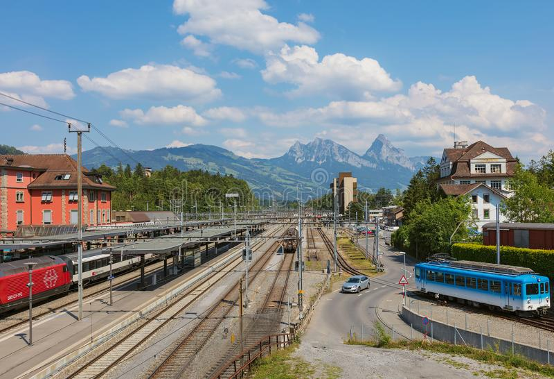 Stazione ferroviaria di Arth-Goldau in Svizzera immagini stock