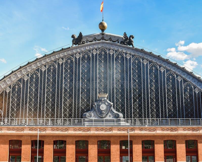 Stazione ferroviaria di Atocha della facciata, Madrid, Spagna fotografia stock libera da diritti