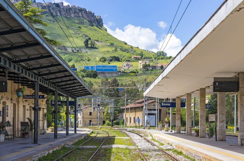 Stazione ferroviaria Stazione di Enna, Sicilia, Italia di Enna immagine stock