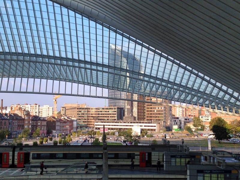Stazione ferroviaria di Liegi Guillemins, Belgio fotografia stock libera da diritti