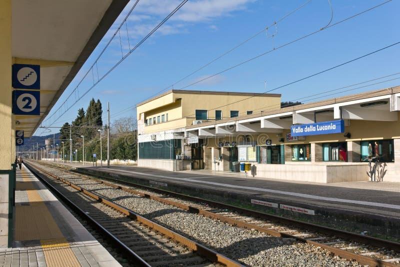 Stazione Ferroviaria Di Vallo della lucania-Castelnuovo royalty-vrije stock foto's
