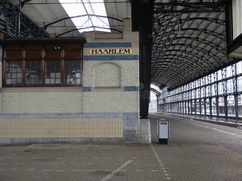 Stazione ferroviaria Haarlem il Nethterlands immagine stock