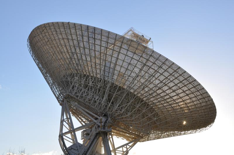 Stazione spaziale profonda 43 - piatto dell'antenna fotografie stock libere da diritti