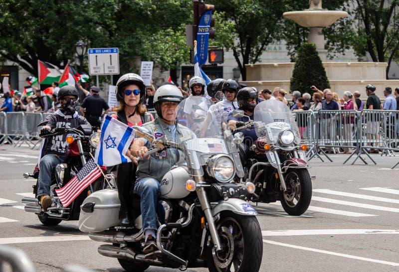 55ste Jaarlijks 'viert Israëlische 'Parade in de Stad van New York royalty-vrije stock foto's