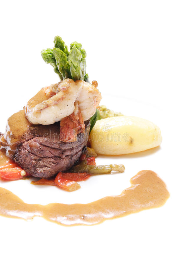 Steak u. Garnele lizenzfreie stockfotografie